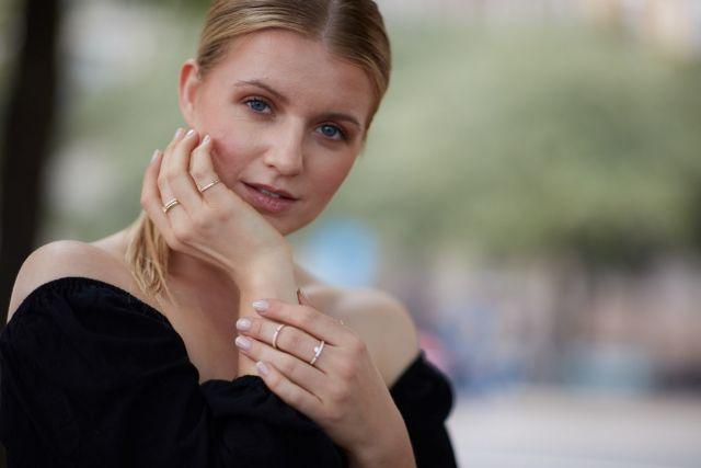Sofia White ring