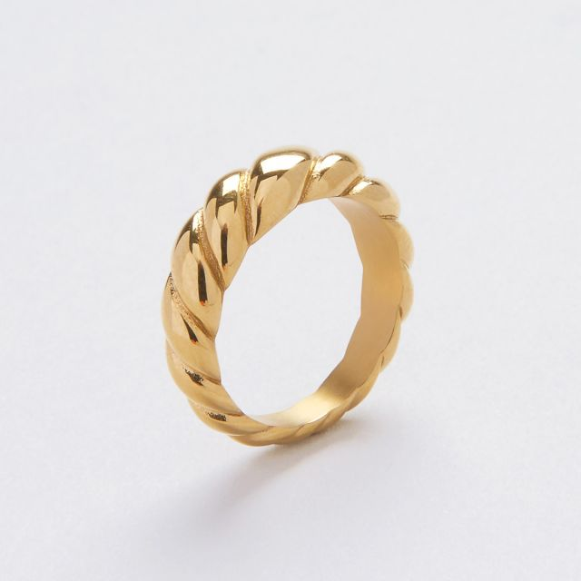 Donna dome ring