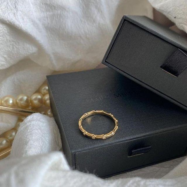 Let the Konstellation ring add a little sparkle to your look! ✨ (Photo: @triiisssta ) #MarcMirren #DetailsbyMM
