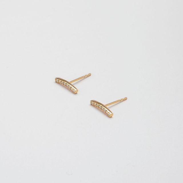 Alva Curvy Bar studs, a pair made for every earstack